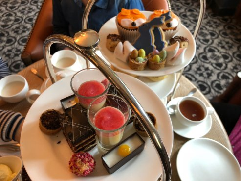 peter-rabbit-afternoon-tea-lygon-arms-cotswolds-concierge (11)