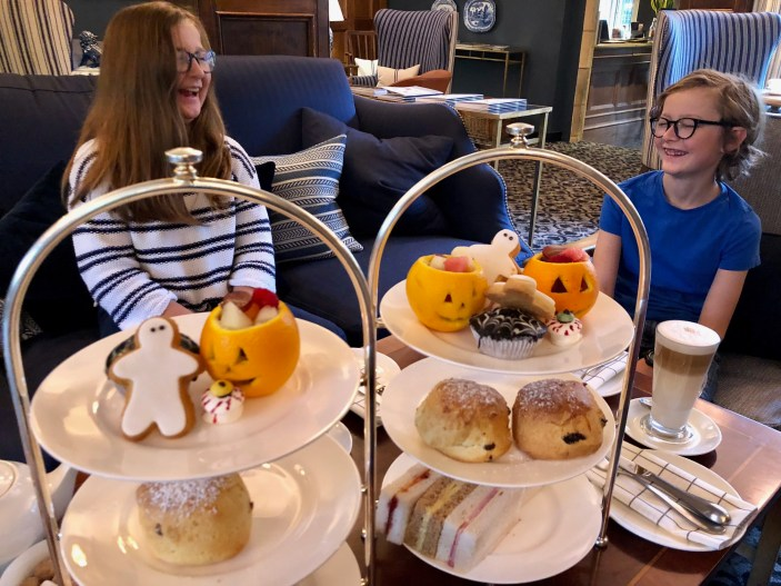 halloween-afternoon-tea-lygon-arms-cotswolds-concierge (13)