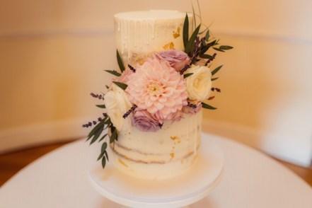 vanilla-pod-bakery-wedding-cakes-cotswolds-concierge (5)