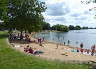 cotswold-water-park-beach-cotswolds-concierge-1