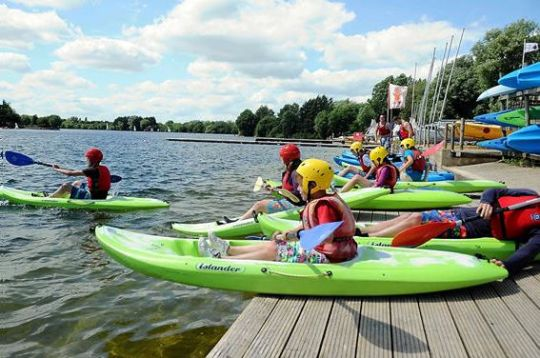 cotswold-water-park-kayak-cotswolds-concierge-2