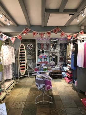 whatever-the-weather-broadway-shop-cotswolds-concierge (14)