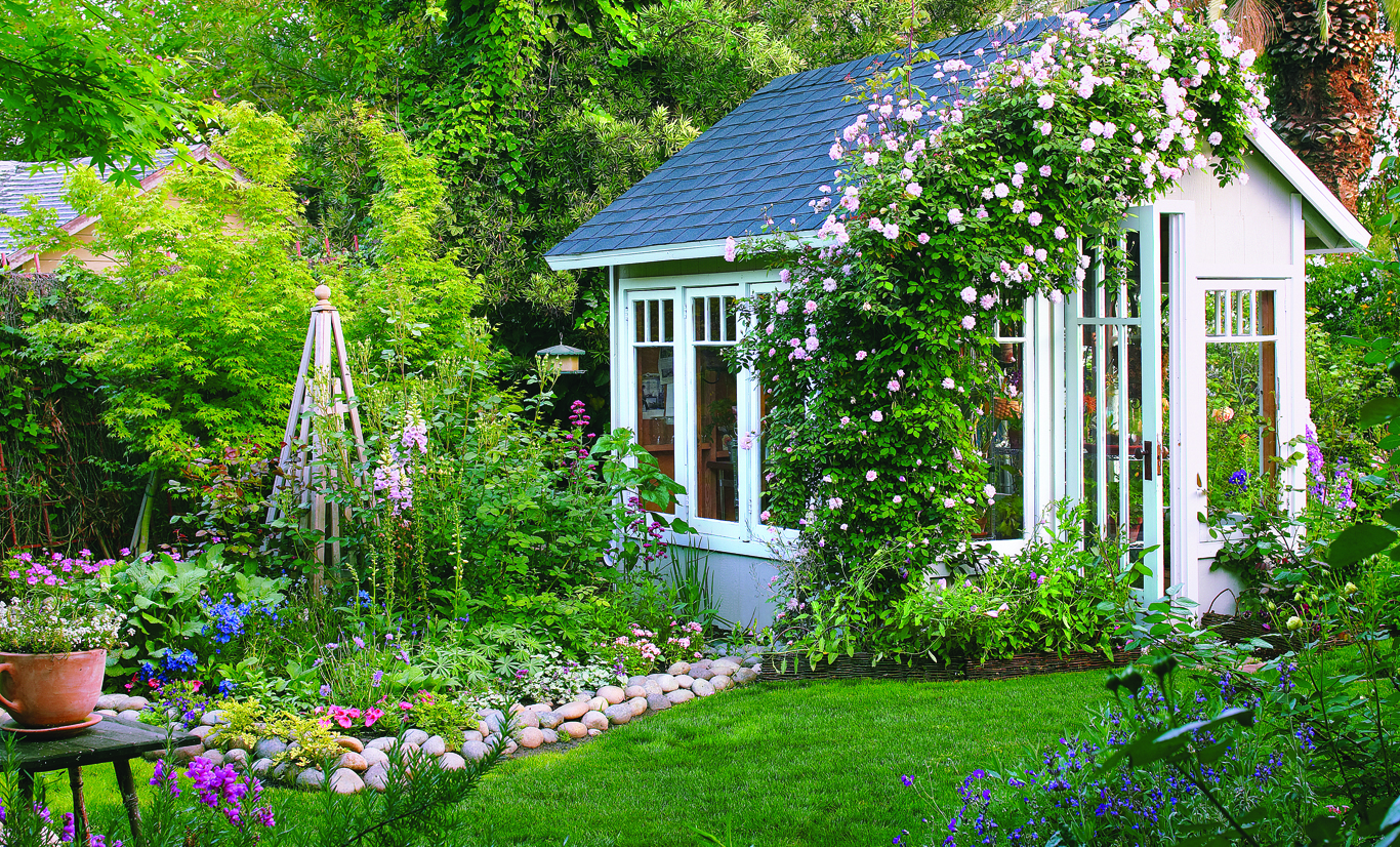 How to Create a Classic Cottage Garden - Cottage style ... on Cottage Yard Ideas id=12731