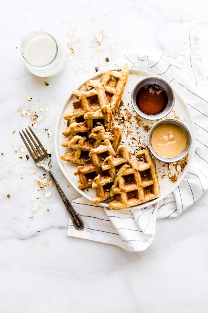 Flourless Peanut Butter Waffles {Protein Rich, Dairy Free}