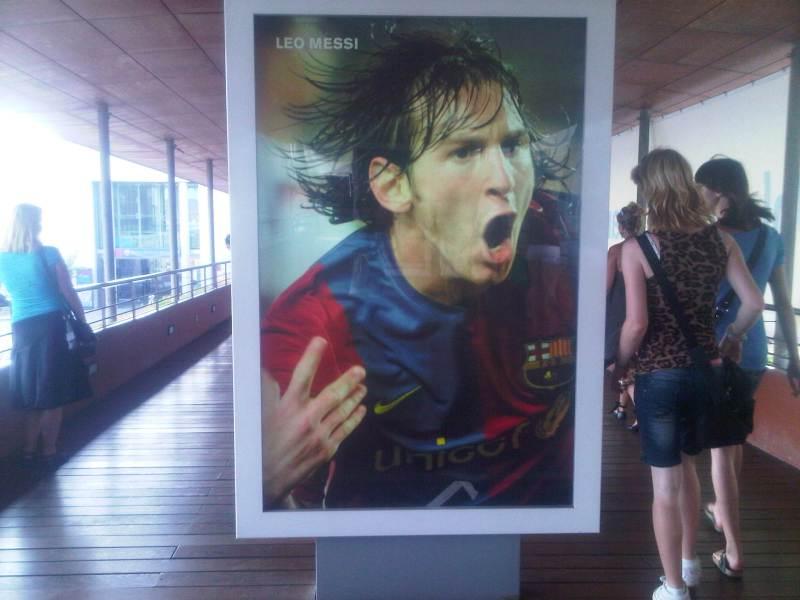 Souvenir de la visite du camp Nou à Barcelone ;) (Mymou n'aimera pas cette photo : qu'est ce que le football fait dans ton article  ?)