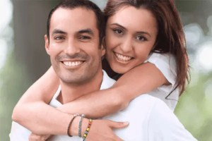 Unhappy with you smile? Chipped Teeth? Highlands Ranch Best Cosmetic Dentist! 1