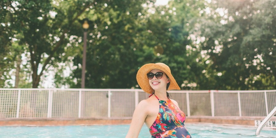Summer Pregnancy Tips Pregnant Swimming