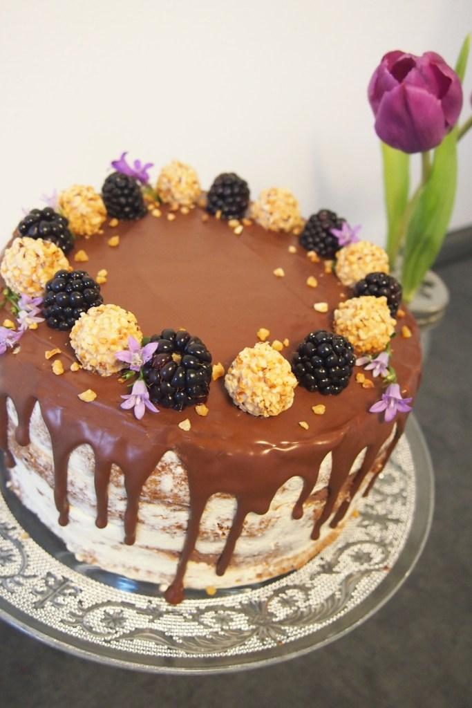 Kinderschokoladen_torte_Nakedcake_schokokuchen
