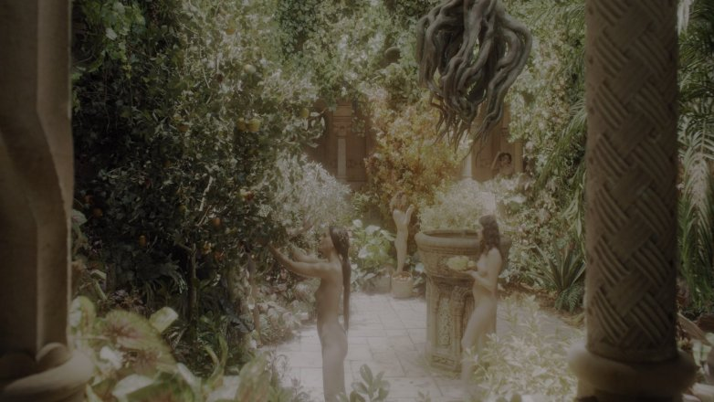 Les actrices inconnues nues dans la série Witcher sur Netflix 2