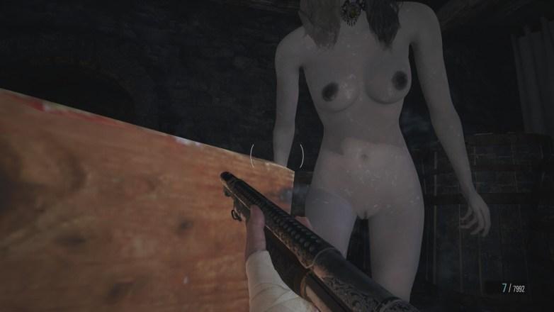 Les filles Dimitrescu nues dans RE 8 20