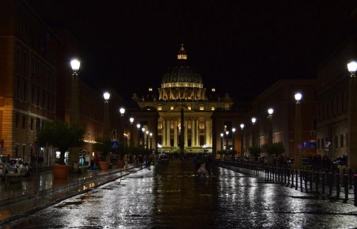 Gisella - Vatican Yoo Gbigbọn Nla