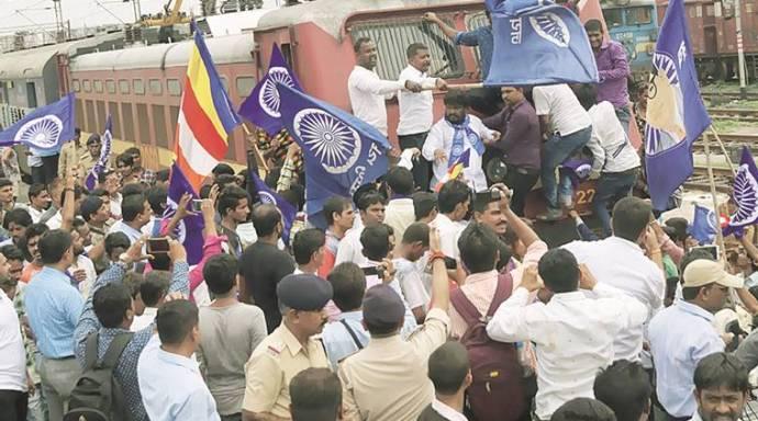 gujarat-dalit-proets1