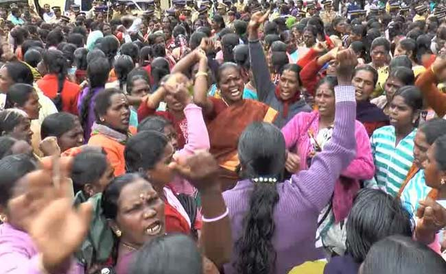 kerala-women-protest
