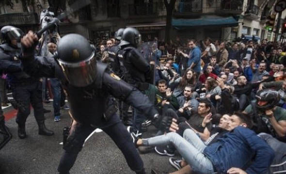Catalonia-troops-soldiers-Barcelona-1085556