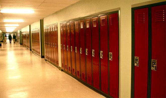 school-hallway-generic_403107