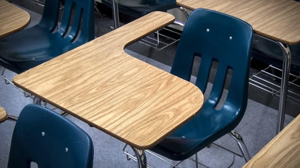 school desk_1549576365151.jpg.jpg