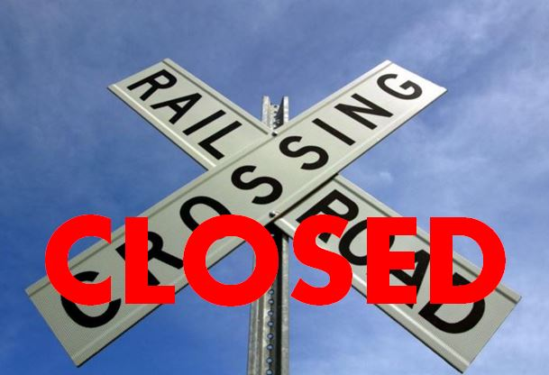 railroad-closed_1558078928502.jpg