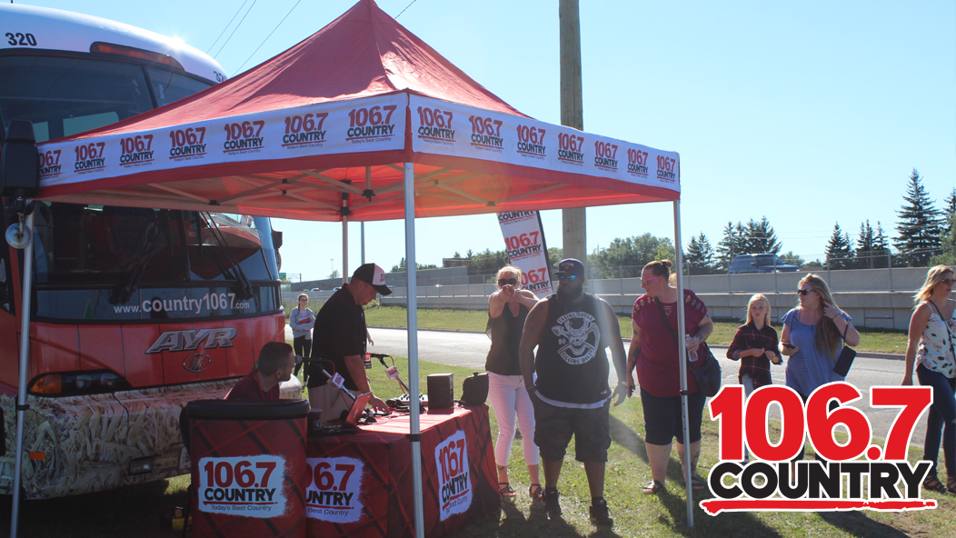 COUNTRY 1067 PresentsKANE BROWN LOT 42 Country