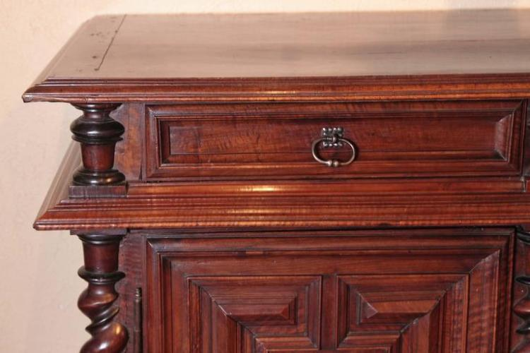 18th Century French Louis XIII Walnut Buffet with Geometric Designs and Columns