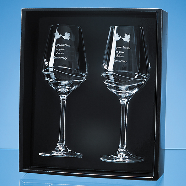 Personalised Engraved Diamante Pair of Wine Glasses (Modena) Scotland UK Custom Customised Gift Gifts Scottish