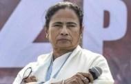 कलकत्ता /विशेषज्ञ और मुख्यमंत्री ममता चिंतित - दुर्गा पूजा के दौरान जुटी भीड़ और कोरोना प्रोटोकॉल न फॉलो करने के कारण कोरोना संक्रमण के आंकड़ें बढ़ रहे हैं