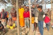 ग्रामीणों के सहयोग से घूसियार गांव में मंदिर निर्माण के लिए किया गया भूमि पूजन