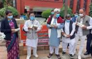 हरिद्वार डेस्क /पतंजलि योगपीठ ने कोरोना से बचाव के लिए नेपाल सरकार को दिया निशुल्क कोरोनिल कीट
