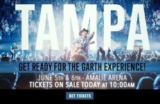 Garth Brooks in Tampa