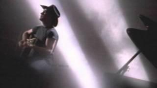 Clint Black With Wynonna Judd – A Bad Goodbye Thumbnail