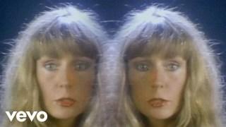 Juice Newton – Love's Been A Little Bit Hard On Me Thumbnail