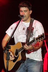 Josh Gracin in Gray, TN