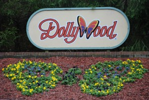 2009 Opening Day at Dollywood