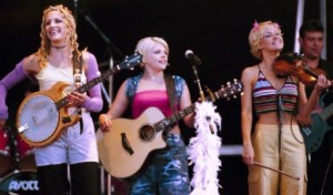 Red Dirt Report: Dixie Chicks Prep for Summer Tour, What's new with the Chicks?