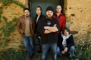 """Zac Brown Band's live DVD, """"Pass the Jar"""" set to release May 4"""