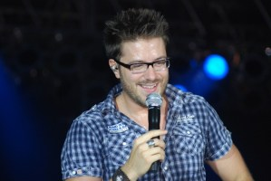 Danny Gokey opens the 2010 Appalachian Fair with an incredible performance