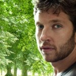 "Brett Eldredge touches our hearts with ""Raymond"""