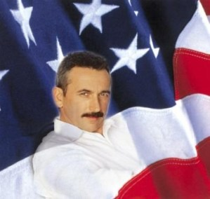 Aaron Tippin spending 3 days in East Tennessee, with shows Dec. 3, 4 and 5, 2010