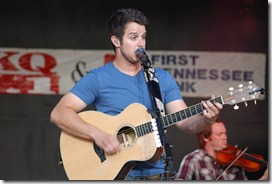 Easton Corbin 049