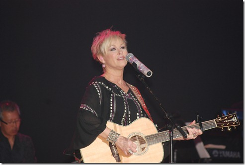 Lorrie Morgan Wright Kids 086