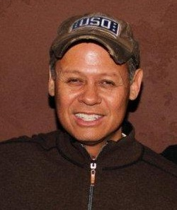 Neal McCoy and Les Brown and his Band of Renown team up for Public TV