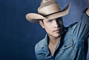 """Broken Bow Records introduces """"Cowboys and Angels"""" singer, Dustin Lynch"""