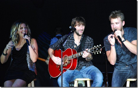 Lady Antebellum Friday 199