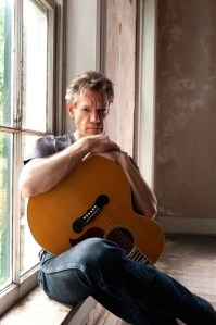 Randy Travis marking 25th Anniversary Celebration with concert tour across America