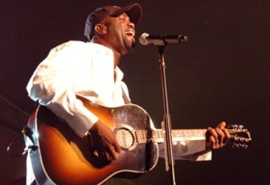 """Capitol Records, ASCAP, and UMPG Recognize Darius Rucker, Frank Rogers, and Kara DioGuardi For No. 1 Single – """"This"""""""