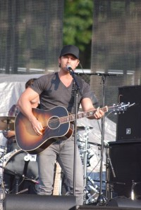 Kip Moore and CMT Unveil New Webisode Series