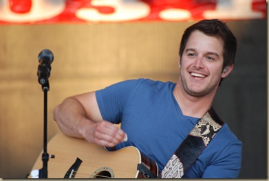 Easton Corbin 014