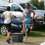 Jake Owen finds time to exercise before the show