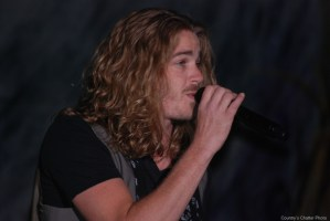 Bucky Covington puts on a show at Russell County Fair