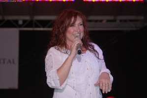 Jo Dee Messina's show in Abingdon, Va., the not-so-good part