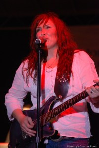 Jo Dee Messina's better than great show in Abingdon, Va.